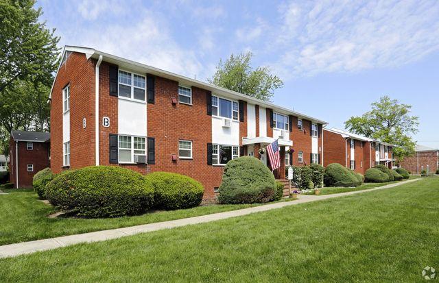 130 New Rd, Parsippany, NJ 07054