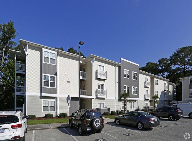 Abbotts Run Luxury Apartments In Wilmington Nc