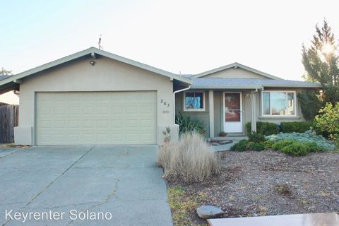 Photo of 263 Citrus Ave, Vacaville, CA 95688