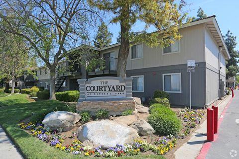 Photo of 4498 N Cornelia Ave, Fresno, CA 93722