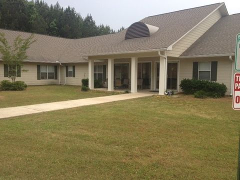 Photo of 2701 52nd St, Meridian, MS 39305