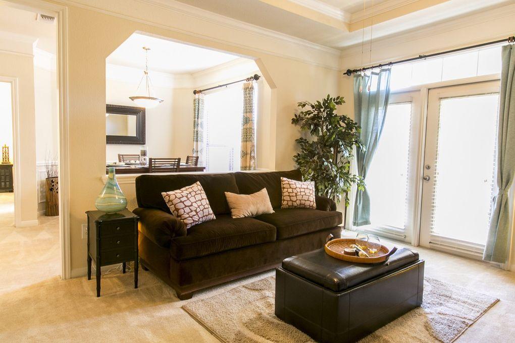 Monterey Oaks Apartments Austin Tx