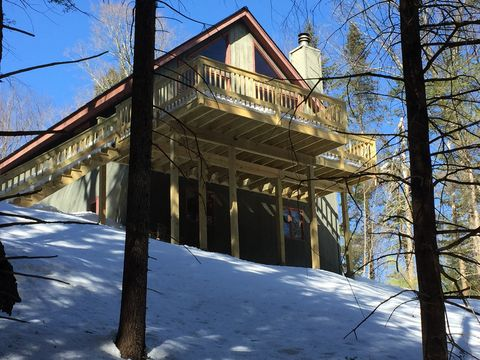 Photo of 613 Forest Mountain Rd, Peru, VT 05152