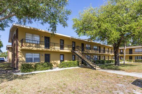 Photo of 3211 Bee Ridge Rd, Sarasota, FL 34239
