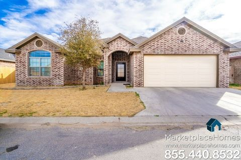 Photo of 806 Chaparral St, Midland, TX 79706
