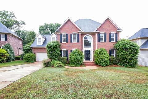 Photo of 11514 Falling Leaves Dr, Charlotte, NC 28277