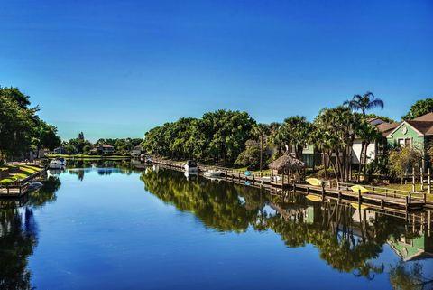 Photo of 5365 Harborside Dr, Tampa, FL 33615