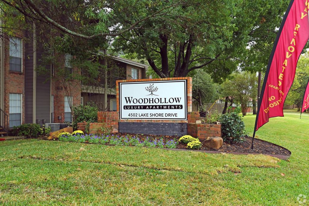 Woodhollow Apartments