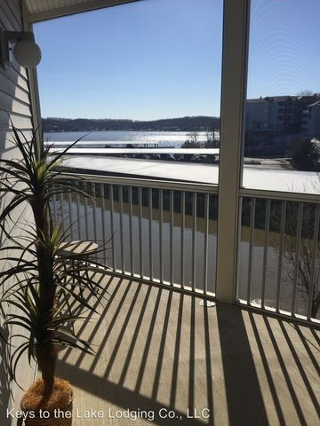398 Regatta Bay Dr Unit 2 B, Lake Ozark, MO 65049