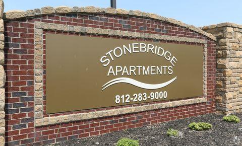 Photo of 100 Stonebench Cir, Jeffersonville, IN 47130