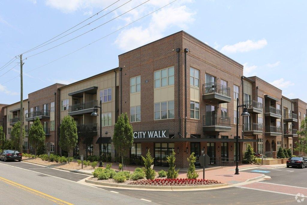 3000 Forrest Walk, Roswell, GA 30075