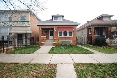 Photo of 2741 N Melvina Ave, Chicago, IL 60639