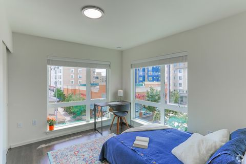 Wondrous University District Seattle Wa Apartments For Rent Download Free Architecture Designs Rallybritishbridgeorg