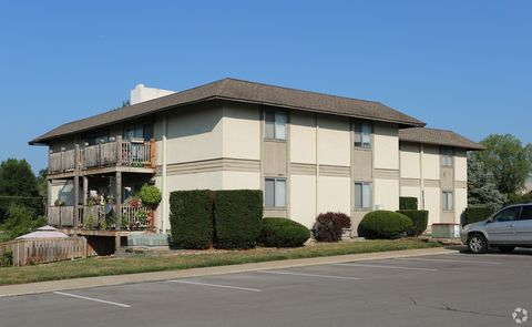 Photo of 107 Brentwood Dr Apt 123, Liberty, MO 64068