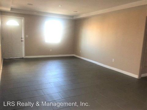 Photo of 10952 Wilmington Ave, Los Angeles, CA 90059