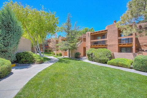 Photo of 2491 Sawmill Rd, Santa Fe, NM 87505