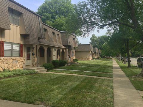 Photo of 3201 Sw Randolph Ave, Topeka, KS 66611