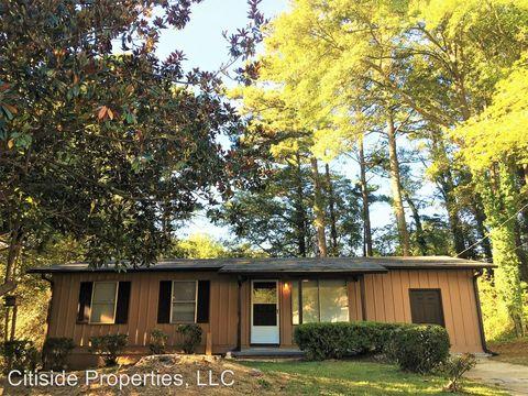 688 Lookout Dr, Forest Park, GA 30297