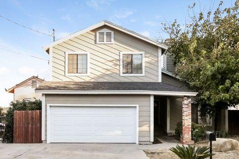 Photo of 23144 Smith Rd, Chatsworth, CA 91311