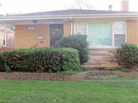 9836 S Campbell Ave, Evergreen Park, IL 60805