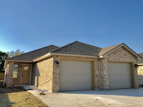 Photo of 2510 Avenue H Ste A, Nederland, TX 77627