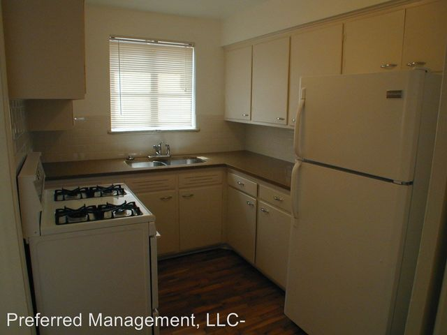 912 914 Country Club Ave  Cheyenne  WY 82001. 202 Country West Rd Unit D  Cheyenne  WY 82007   Home for Rent