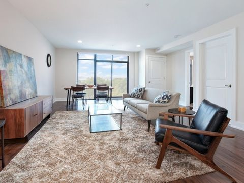 1040 Kennedy Blvd, Bayonne, NJ 07002. Apartment For Rent