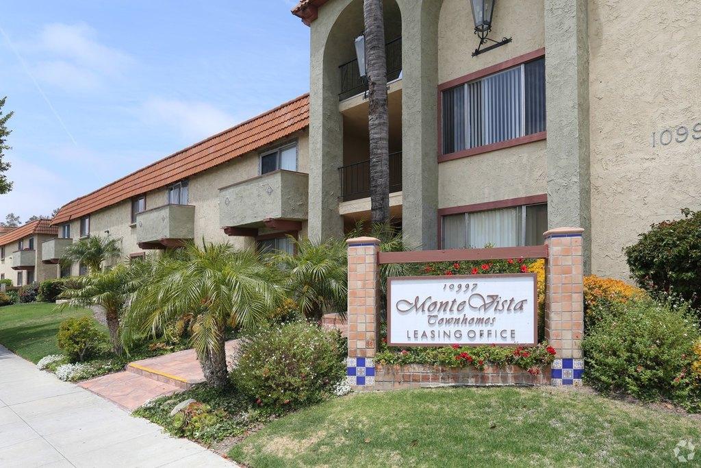 Monte Vista Townhomes