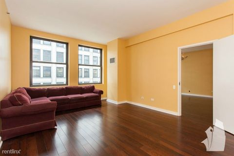 5 N Wabash Ave, Chicago, IL 60602
