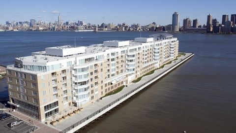 1 Harborside Pl, Jersey City, NJ 07311. Apartment For Rent