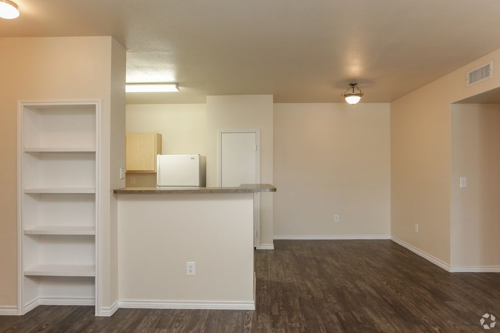 507 S Inspiration Rd, Mission, TX 78572