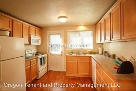 Photo of 1425 W 8th Ave, Eugene, OR 97402