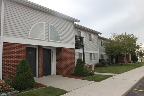Photo Of 1101 Monroe St Two Rivers Wi 54241 Apartment For Rent