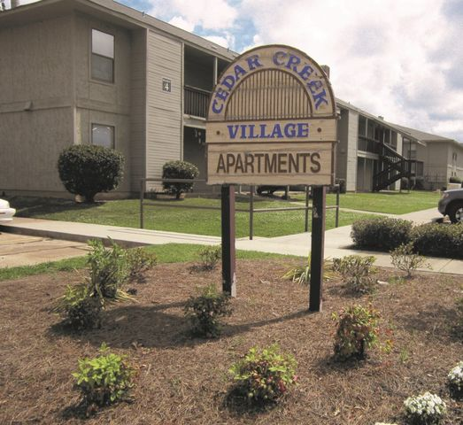 Westwood Village Apartments: 6777 Rasberry Ln, Shreveport, LA 71129