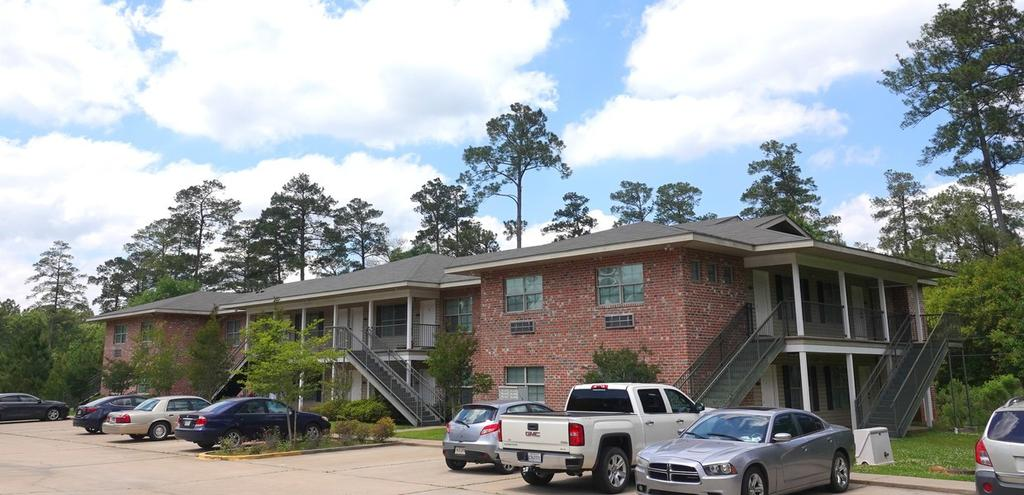 Pine Highland West Apartments