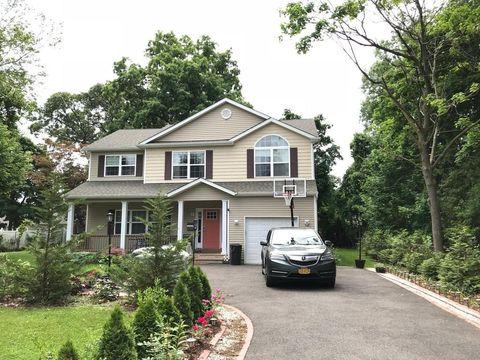 536 Maple St, West Hempstead, NY 11552