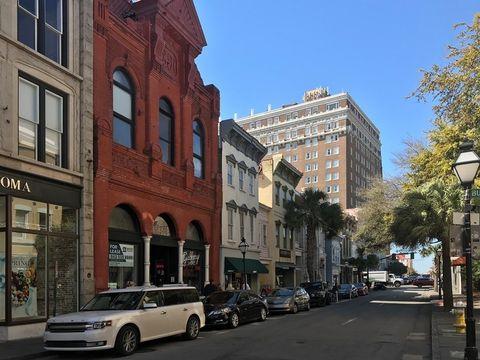 Photo of 363-369 King St, Charleston, SC 29401