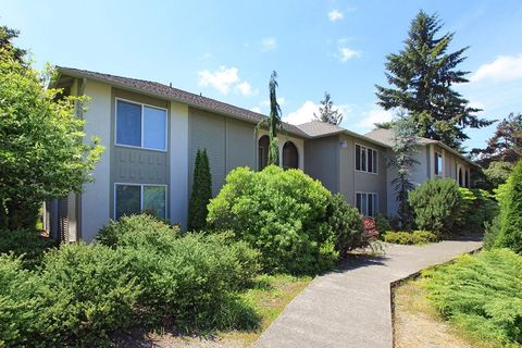 Photo of 600 Black Lake Blvd Sw, Olympia, WA 98502