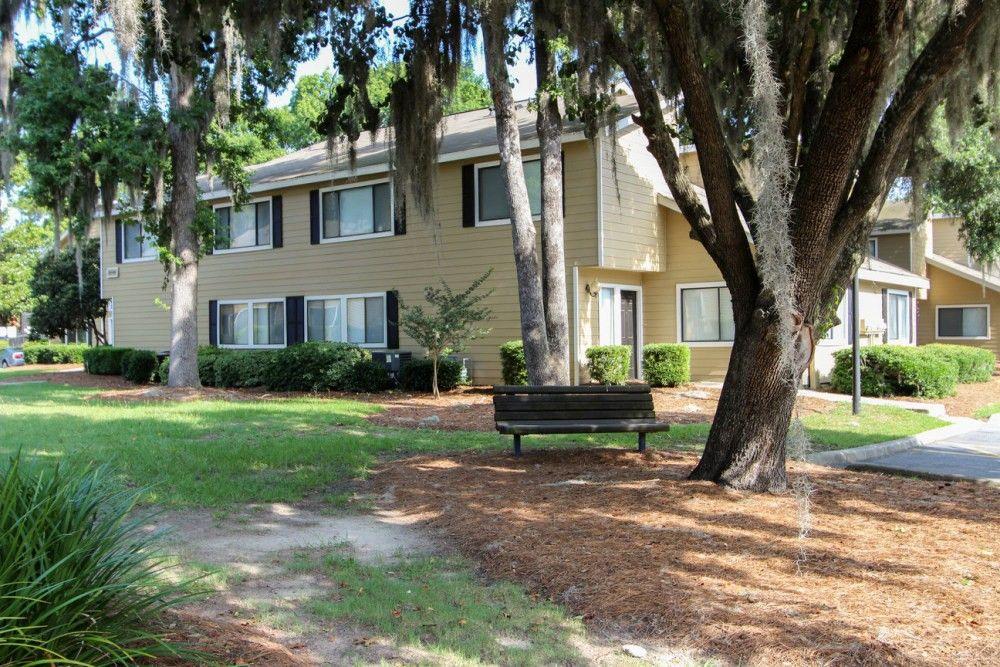 301 Noble Oaks Dr, Savannah, GA 31406