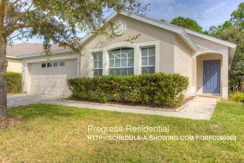 4950 Whistling Pines Ct, Wesley Chapel, FL 33545