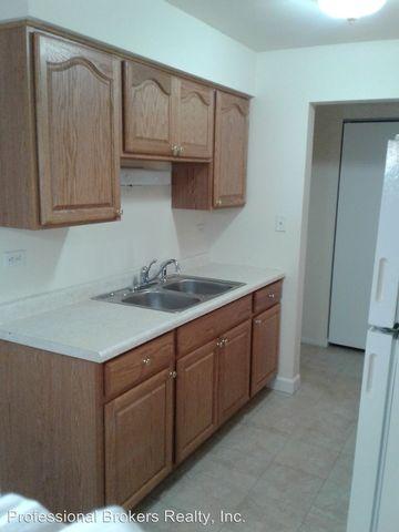 9950 Sayre Ave Chicago Ridge Il 60415 Apartment For Rent