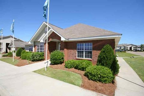 Photo of 100 Hampton Ln, Enterprise, AL 36330