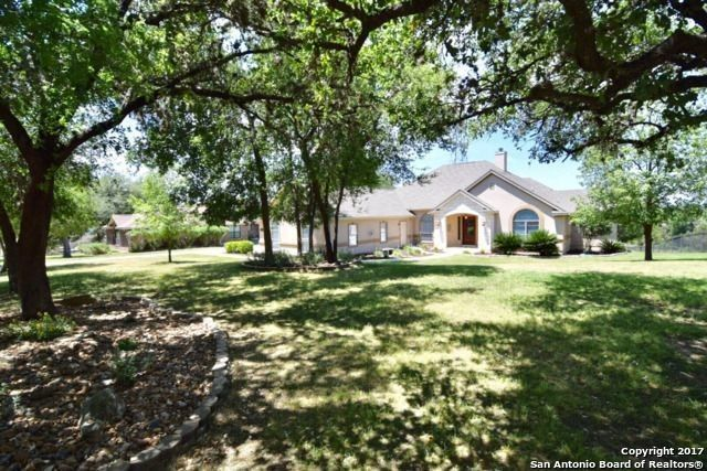 8821 Tuscan Hills Dr, Garden Ridge, TX 78266