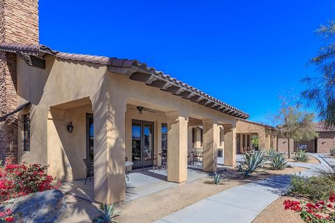Photo of 37600 College Dr, Palm Desert, CA 92211