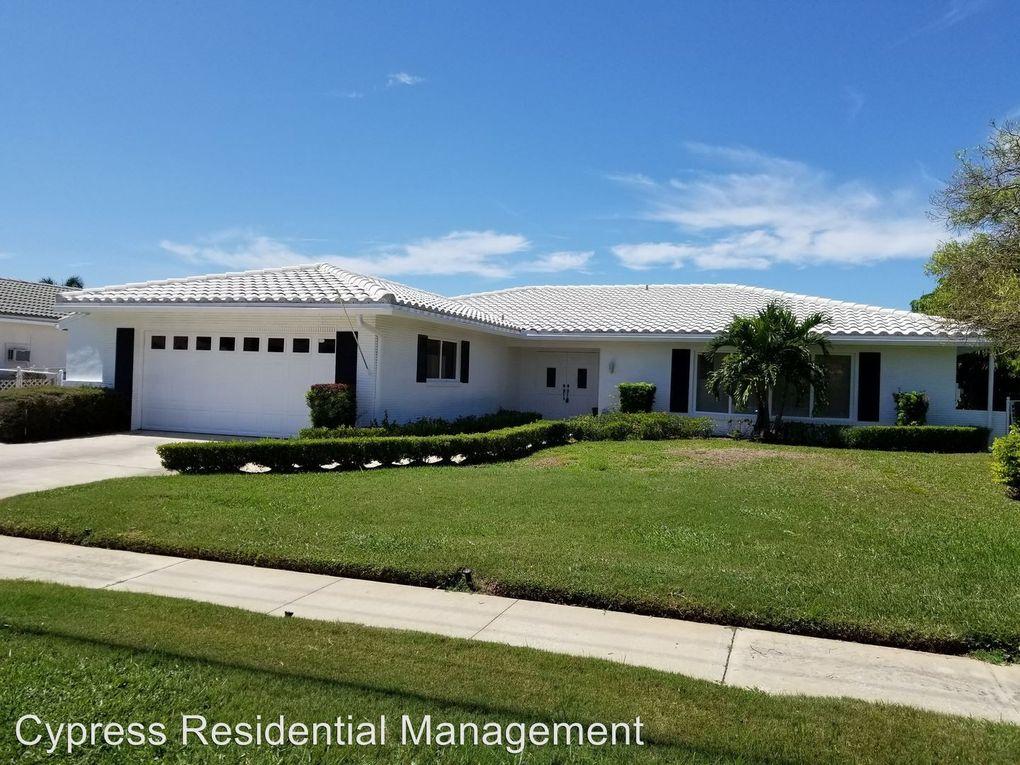 3944 Doral Dr, Tampa, FL 33634