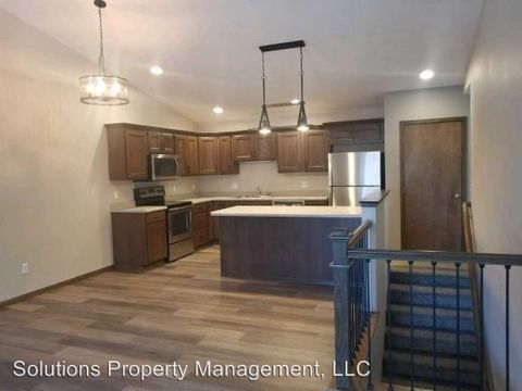 Photo of 3514-3706 S Outfield Cir, Sioux Falls, SD 57110