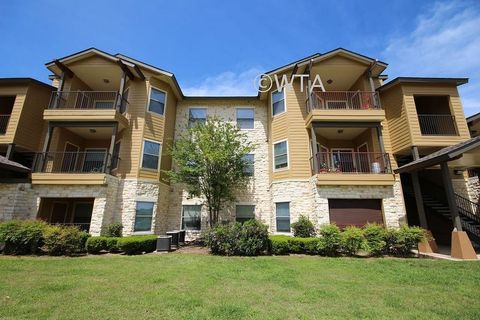 Vine P Apartments In San Marcos Texas Findmeapad