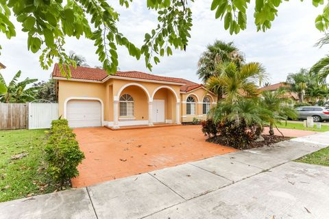 Photo Of 5851 Sw 163rd Pl Miami Fl 33193 House For Rent