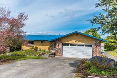 Photo of 491 Hazelwood Dr, Oak Harbor, WA 98277
