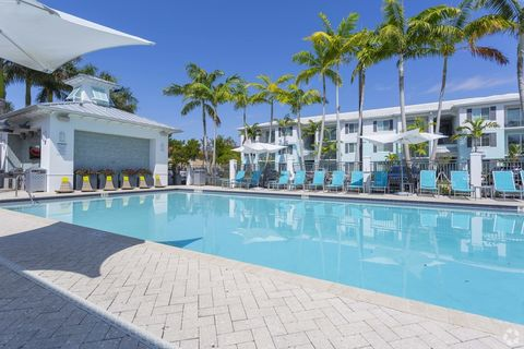 Photo Of 8485 Hammocks Blvd Miami Fl 33193 Apartment For Rent